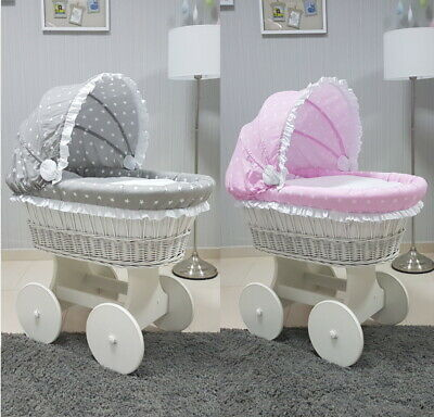 STAND WICKER MOSES BASKET WITH HOOD TULLE BIG WHEELS /& WHITE BEDDING