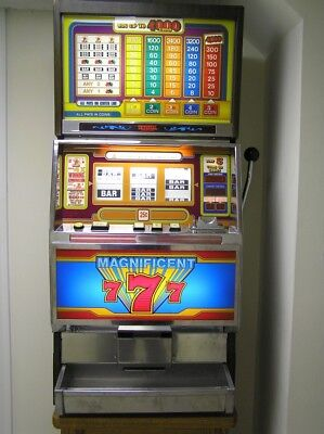 Magnificent 7 Slot Machine from Universal Co. LTD.