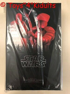 Hot Toys MMS 454 Star Wars The Last Jedi Praetorian Guard With Double Blade NEW
