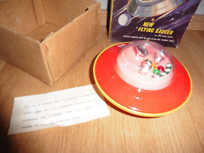 ORIGINAL SPACE TOY FLYING SAUCER BATTERY OPERATED OVP T NO 356 Space Toy
