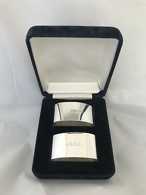 A Pair Of Solid Silver Napkin Rings In Case 1996 Sheffield
