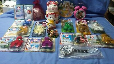 lot of 20 pig and misc items collection, clock, mcdonalds beanie babies, bank