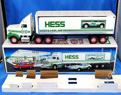 1992 Hess Toy 18 Wheeler Truck and Racer with Box Bottom Insert Good Condition