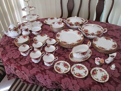 Royal Albert Old Country Roses made in England dinner set 6 plus many extras
