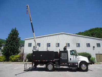 International 4200 Diesel Service Truck Liftmoore 3200 Crane Tommy Lift Gate