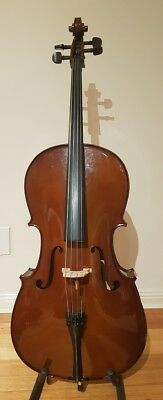 Cello Stentor Student I - ¾ size,  complete package. Good Condition. Pre-Loved