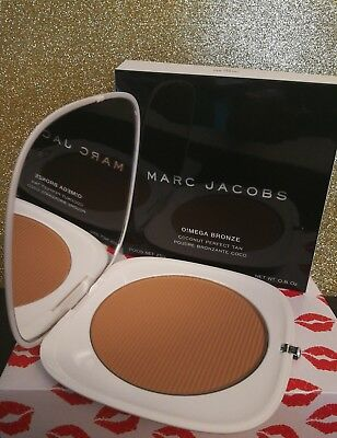 Marc Jacobs Coconut Perfecting Tan Tastic 104 O!Mega Bronze BRONZER