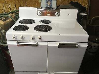 VINTAGE STOVE - 1950's - FRIGIDAIRE by General Motors made in the USA
