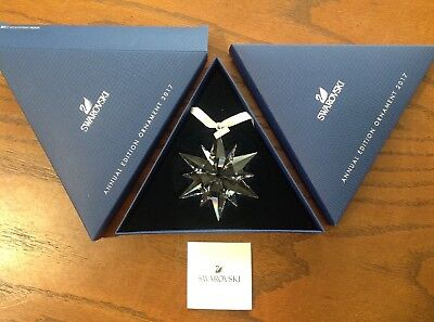 2017 SWAROVSKI Annual Edition Large SNOWFLAKE Ornament Crystal 5257589 NIB MIB