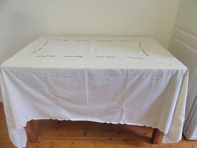 Vintage Tablecloth - Cut work & Embroidery  - 220 x 176cm - Lot 3