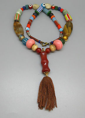 (kB446) Tibet Necklace  Old mixed trade beads (glass, stone, shell)