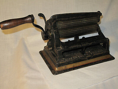 Antique Cast Iron Fluter Crimper American Machine Co Mid 1800's Brass Rollers