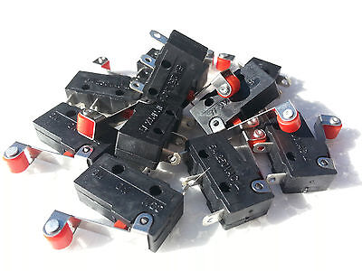 MICRO ROLLER SWITCH --- NORMALLY CLOSED- OR -OPEN 3-PIN  1x(PIECE).