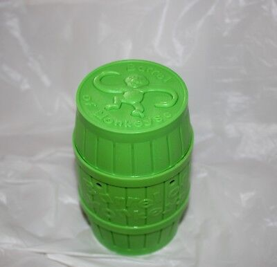 BARREL OF MONKEYS game Milton Bradley green box 12 pieces + instr