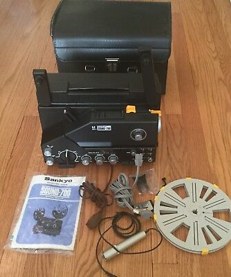 Sankyo Sound 700 8mm Super 8mm Projector With Box, maual