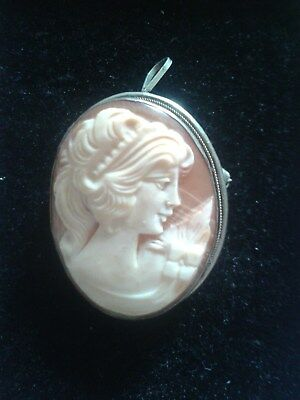 Beautiful Antique Silver Hand Carved Singed Cameo Brooch/Pendant