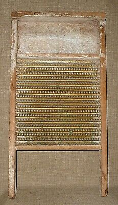 PRIM ANTIQUE~THE FEDERAL WASHBOARD CO. WOOD w/ GALVANIZED/ RIDGED TIN WASHBOARD