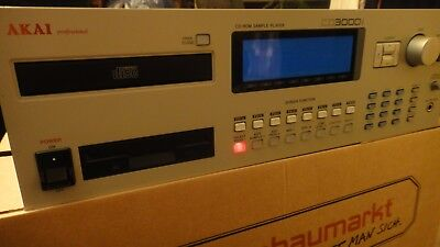 AKAI CD-30000i Sampler