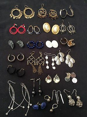 Jewelry Lot Of 25 Pcs Earrings Mixed Gold Silver Dangly Vintage 1980's - ue