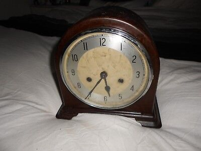 very collecable Enfield Bakelite Mantle Clock,late thirties,early fourties.