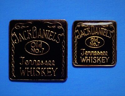 JACK DANIELS - OLD No.7 BOTTLE - TENNESSEE WHISKEY - 2 VINTAGE LAPEL PIN LOT