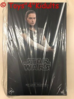 Hot Toys MMS 446 Star Wars The Last Jedi Rey (Jedi Training) Daisy Ridley NEW