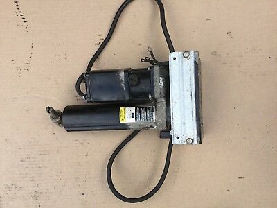 Mercury MARINER 90HP POWER TRIM TILT PUMP 824051 2-STROKE 3CYL 3-WIRE