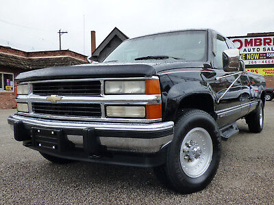 1994 Chevrolet C/K Pickup 2500 Base Extended Cab Pickup 2-Door 1994 CHEVY GMT400/ K2500- 4SPEED W/OD+LOW- 80K MILES- SPOTLESS- CLASSIC!