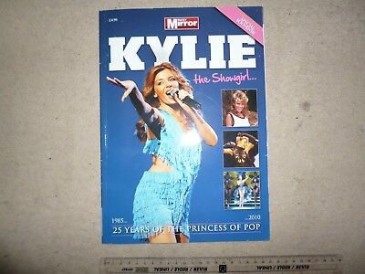 Kylie Minogue 'The Showgirl' 25 year special booklet – 1985-2010