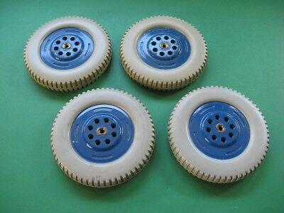 Meccano Roadwheels Part 187b in excellent condition