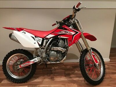 Honda crf 150r 2010 model big wheel top & bottom rebuilt no hours on it