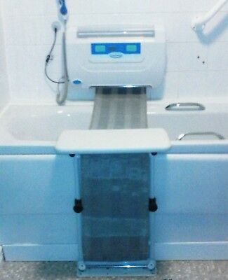Easy to Bathe bath lift in very good condition.
