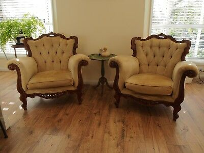 2 x VINTAGE FRENCH LOUIS STYLE GOLD VELVET CHESTERFIELD ARMCHAIRS/CHAIR/LOUNGE