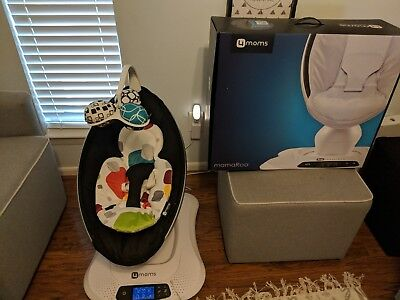 4Moms MamaRoo Infant Seat Swing (Bluetooth)