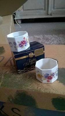 Vintage PAIR OF POOLE POTTERY Bone China NAPKIN RINGS ~ Ophelia - Boxed