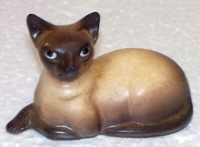 """Small Hand Painted Porcelain SIAMESE Kitty Cat 2"""" long VG vtg miniature figurine"""