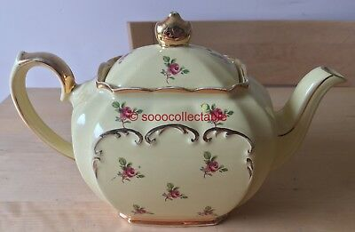 vintage SADLER YELLOW with PINK ROSES pattern large LIDDED CUBE TEAPOT