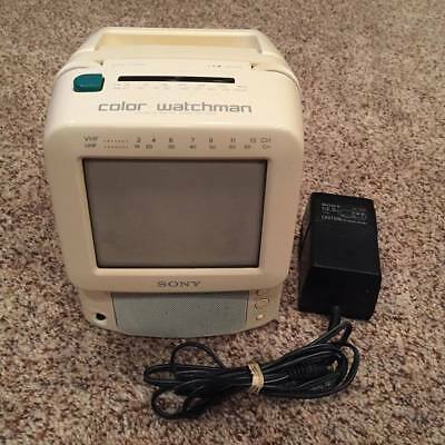 """Sony 5"""" Color Watchman FDT-5BX5 AM FM Tuner Vintage CRT TV Tested"""