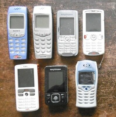 JOB LOT OF 7 x VINTAGE SONY ERICSSON MOBILE PHONES - PARTS SPARES COLLECT ONLY