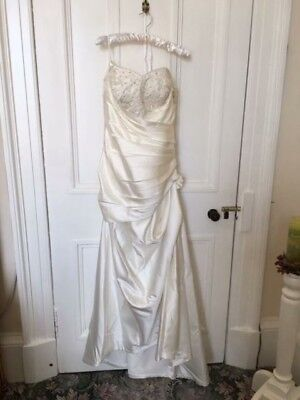 wedding dress size 14-16 off white
