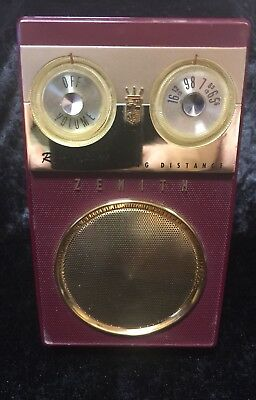 Owl Eye Zenith Royal 500 Deluxe Long Distance Transistor Radio Works Red