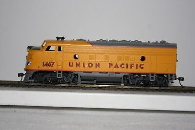 Athearn HO Union Pacific F7A Diesel Locomotive - Non-powered