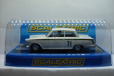 Scalextric Ford Lotus Cortina Jim Clark No.71 C2913 1:32