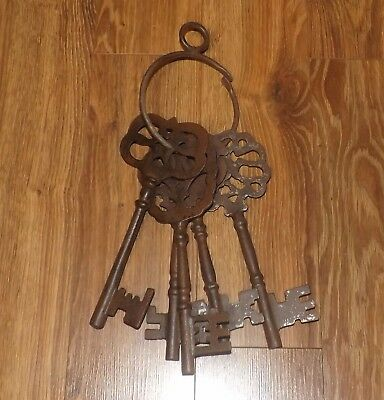 5 Giant Cast Iron Keys & Key Ring Decorative