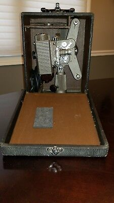 Revere Eight 8 mm Projector with Case