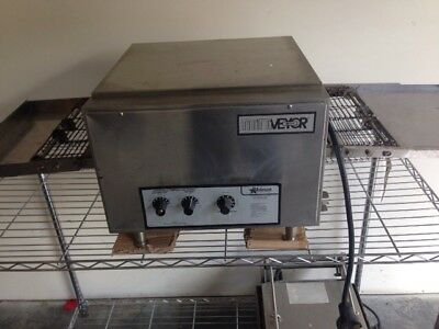 Holman Mini Conveyor Oven. 214hxre . Needs Cleaned