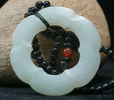 Chinese Exquisite Hand-carved wreath carving Hetian jade Pendant
