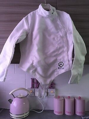 Leon Paul Spartan fencing jacket. Women's right-hand Size UK/USA 40. 350N