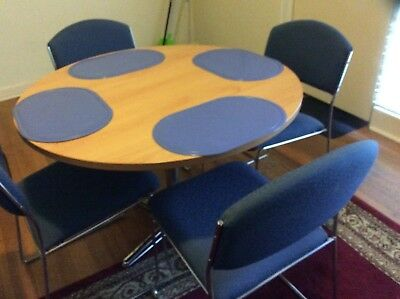Table & Chairs MOVING SALE MUST GO
