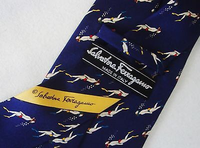 CRAVATTA UOMO (TIE)  vintage SALVATORE FERRAGAMO made in Italy  New!  rare